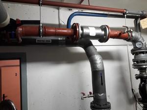 Příklad instalace zařízení typ AQT 65 v systému vytápění