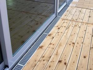Žlab MEATEC pro odvodnění teras a zelených střech